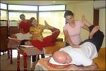 Тайский массаж на столе в школе СИАМ
