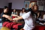 Аюрведический массаж в школе СИАМ
